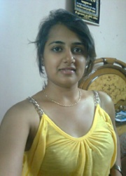 Pic gal 50. Indian girls posing naked on camera