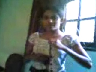 Vid gal 06. Lascivious indian college girl exposing her boobs