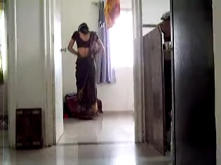 Vid gal 22. Indian girl in saree practicing catwalk