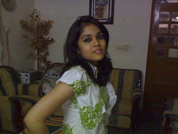 Pic gal 108. Hot horny Indian college girl