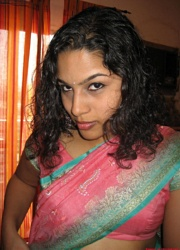 Pic gal 158. Newly married indian wife in traditional outfits