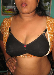 Pic gal 200. Mature indian housewife stripping off