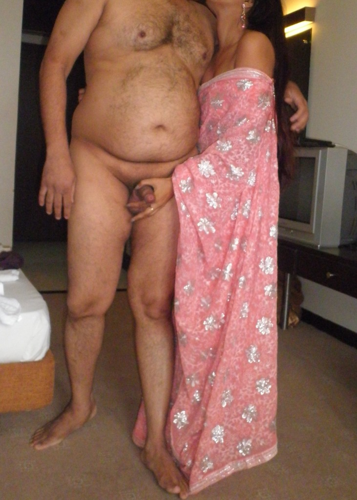 Pic gal 230. Young indian couple getting naught in bedroom after party