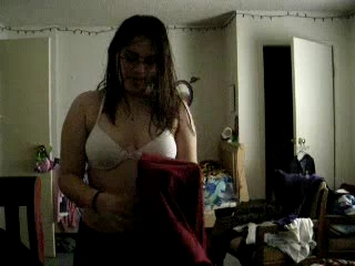 Vid gal 52. Beautiful indian girl reena changing her bra after shower