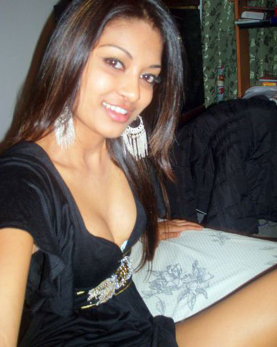 Pic gal 278. Mix bag picture of indian girl showing off