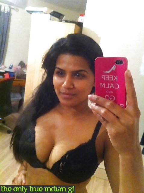 Pic gal 313. Indian gf leaked pictures