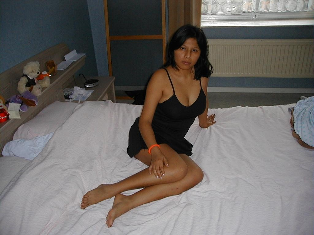 Pic gal 333. Juicy indian wife