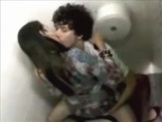 Vid gal 186. Indian couple have sexual intercourse a public toilet