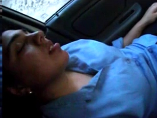 Vid gal 243. Indian babe getting her cunt fingered in car