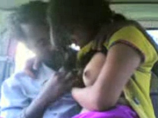 Vid gal 270. Bangla gf in car with her boyfriend getting her tits sucked