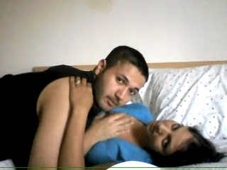 Vid gal 393. Indian college boy have sexual intercourse neighbor bhabhi in absence of her man