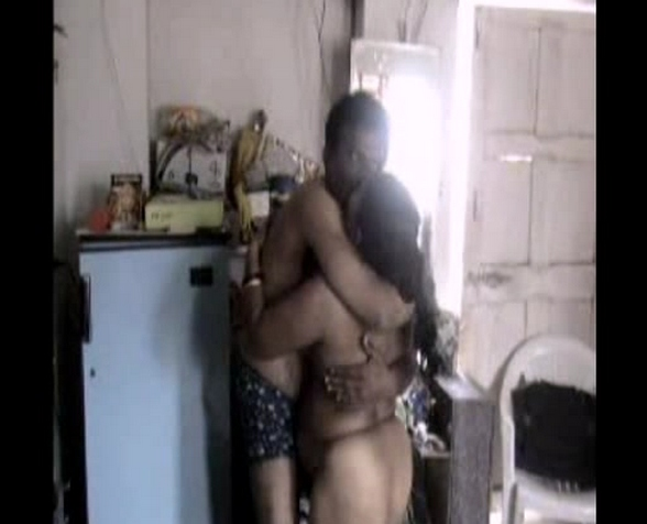 Vid gal 394. Indian couplr homemade foreplay