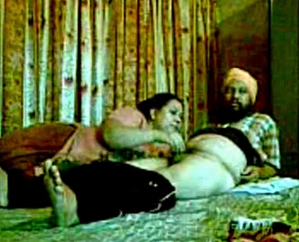 Vid gal 408. Sardar have sex his kaamwali and recorded leaked mms