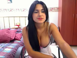 Vid gal 421. Uk indian girl diana doing live cam show from her