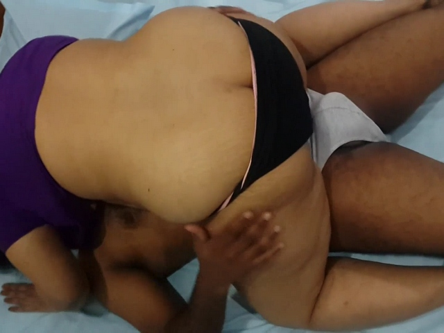Vid gal 459. Considerable backside Indian girlfriend seducing her boyfriend after college
