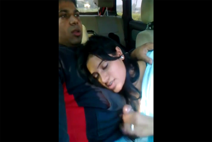 Vid gal 512. Indian GF blowjob in car mms